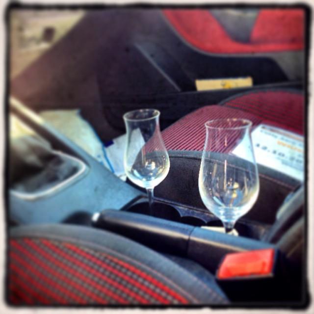 Don't and drive!Die in meinem Wagen sind perfekt für zwei